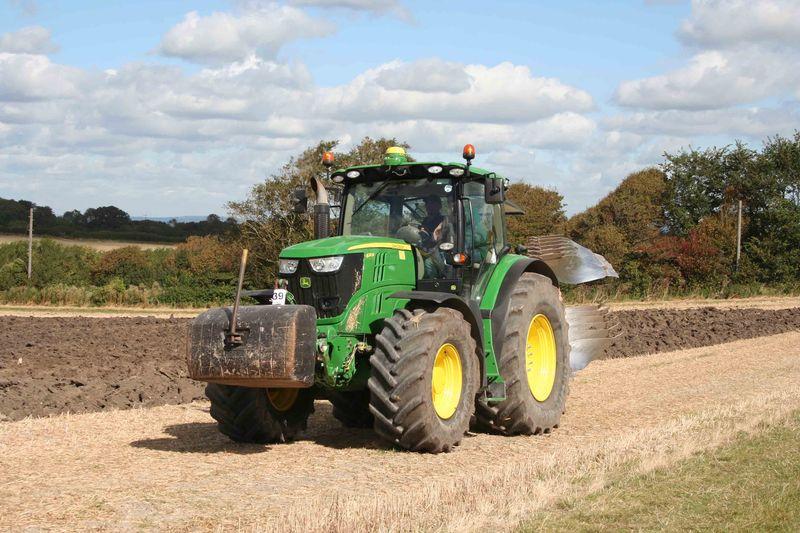 modern-tractor-2